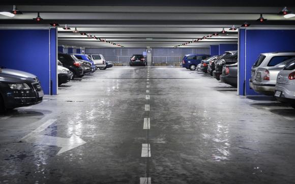 Louez un garage de 10 m traverse saint pierre aix en for Self garage aix en provence