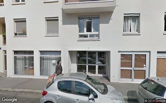 Louez un garage de 12 m rue etienne richerand lyon for Garde meuble lyon