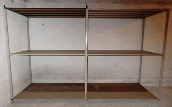 Louez un garde meuble de 20 m chemin des gervais aix en for Garde meuble aix en provence